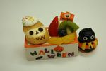 Orange Halloween Cake 2010.jpg